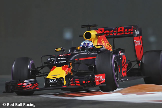 Daniel Ricciardo - Red Bull Racing - Calificación GP Abu Dhabi 2016