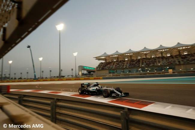 Lewis Hamilton 2 - Mercedes AMG - Pole - Calificación GP Abu Dhabi 2016