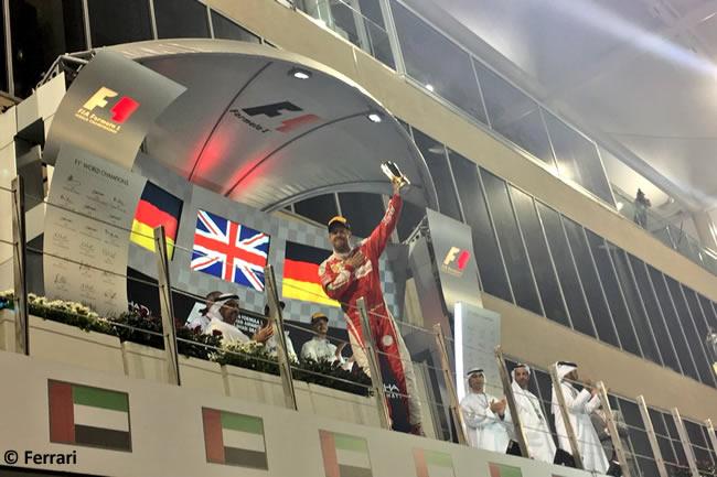 Sebastian Vettel - Ferrari - Carrera GP Abu Dhabi 2016
