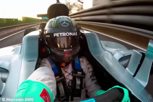 Nico Rosberg - Mercedes AMG - Campeón 2016 - Vuelta Selfie