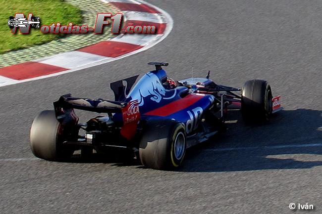 Carlos Sainz - Scuderia Toro Rosso - www.noticias-f1.com
