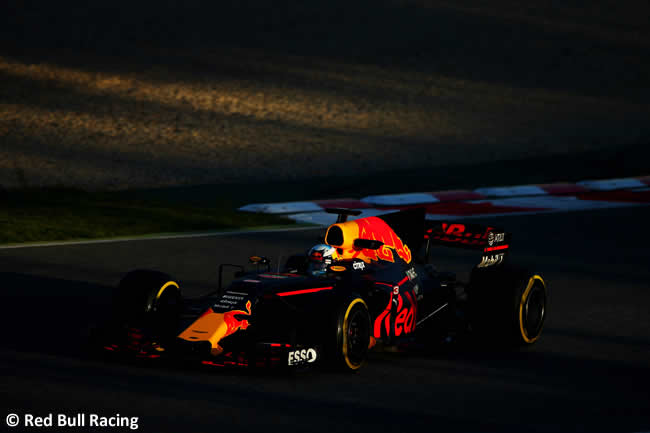 Daniel Ricciardo - Red Bull Racing - Test 2 Barcelona - Pretemporada 2017 - Día 3