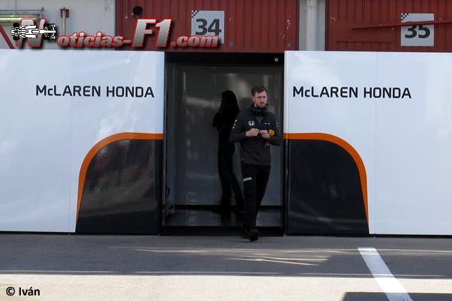 McLaren-Honda - Box - 2017
