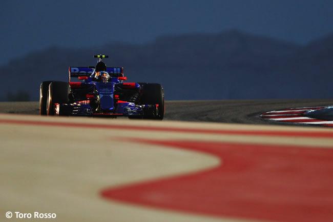 Carlos Sainz - Toro Rosso - GP Bahréin - 2017 -Sábado - Calificación - Clasificación