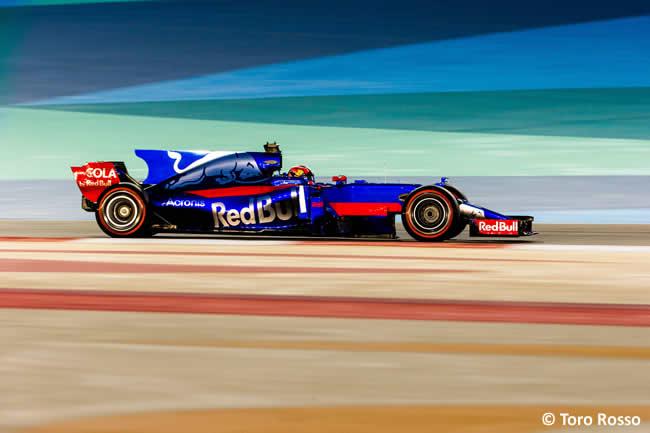 Daniil Kvyat - Toro Rosso - GP Bahréin - 2017 - Domingo - Carrera