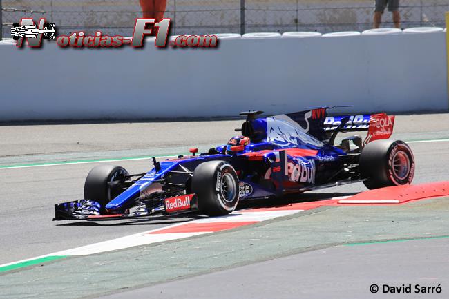 Daniil Kvyat - Toro Rosso - 2017 - David Sarró - www.noticias-f1.com