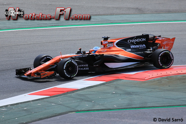 Fernando Alonso - McLaren - 2017 - David Sarró - www.noticias-f1.com