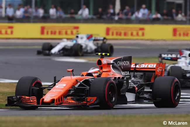 Stoffel Vandoorne - McLaren - Carrera GP Gran Bretaña 2017