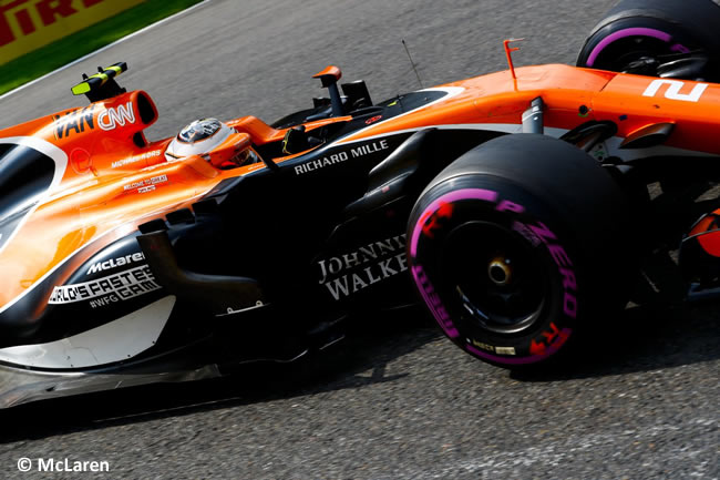 Stoffel Vandoorne - McLaren - GP Bélgica 2017 - Carrera
