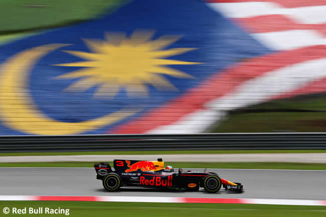 Daniel Ricciardo - Red Bull Racing - GP Malasia 2017 - Entrenamientos