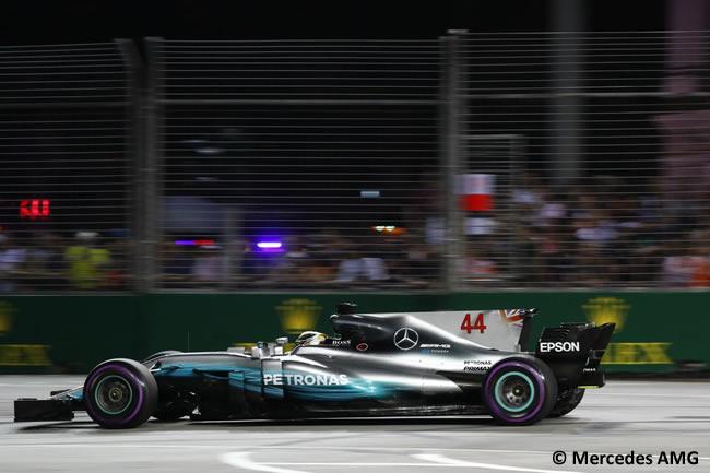 Lewis Hamilton - Mercedes AMG - Calificación GP Singapur 2017
