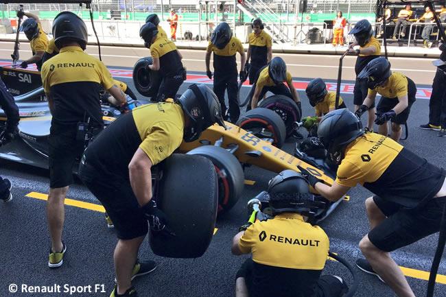 Carlos Sainz - Renault - GP México 2017 - AHR