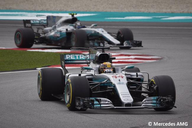 Lewis Hamilton - Valtteri Bottas - Mercedes AMG - Carrera GP Malasia 2017
