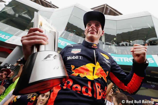 Max Verstappen - Red Bull Racing - Carrera GP Malasia 2017