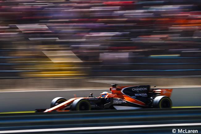 Fernando Alonso - McLaren - Carrera - GP Brasil 2017