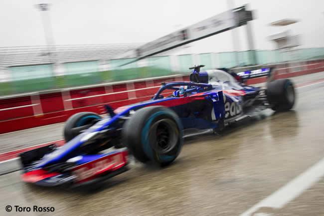 Scuderia Toro Rosso - STR13 - Lateral - Pista - Pierre Gasly
