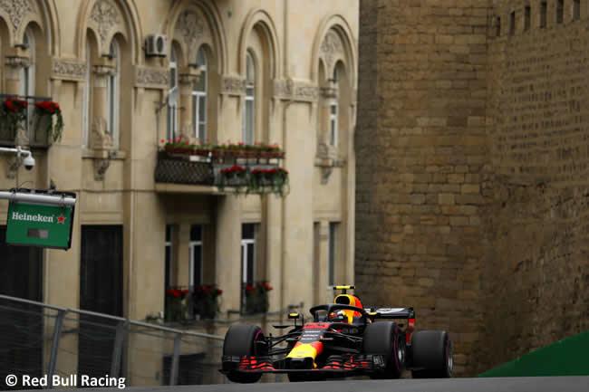 Max Verstappen - Red Bull Racing - Entrenamientos GP - Azerbaiyán, Bakú 2018