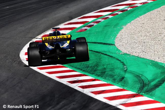 Carlos Sainz - Renault - Test Temporada 2018 - Día 1