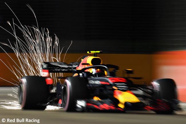Max Verstappen - Red Bull Racing - Entrenamientos - GP Singapur 2018