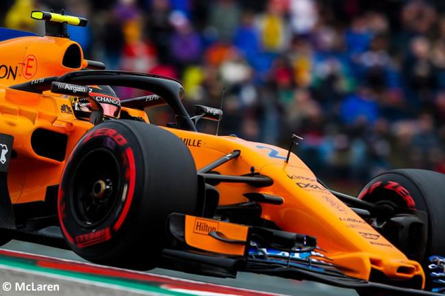 Stoffel Vandoorne - McLaren - Carlos Sainz - Carrera GP Estados Unidos 2018 -