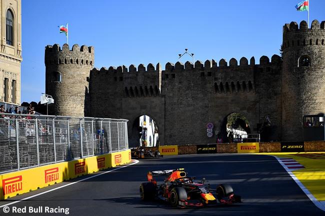 Max Verstappen - Red Bull Racing - GP - Azerbaiyán - Carrera - 2019