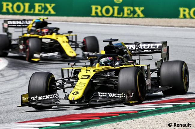 Daniel Ricciardo - Esteban Ocon - Renault - Carrera - GP de Estiria 2020