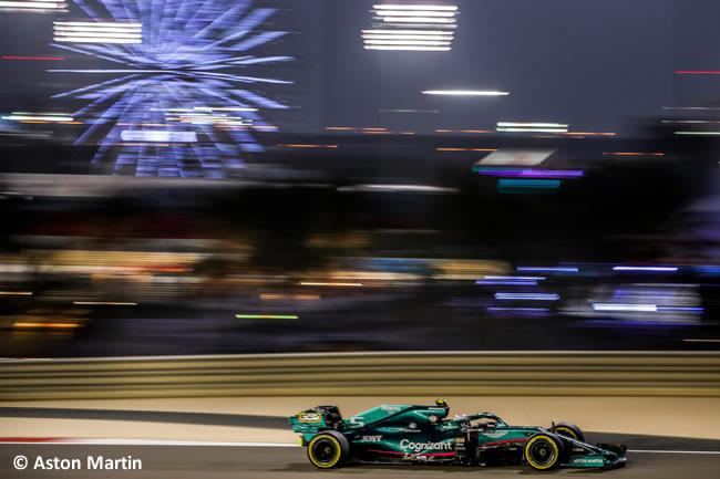 Sebastian Vettel - Aston Martin - Entrenamientos- GP Bahréin 2021