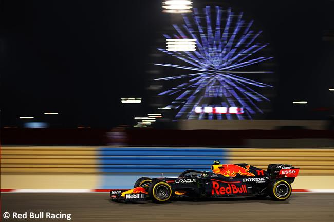 Sergio Pérez - Red Bull Racing - GP Bahréin 2021 - Entrenamientos