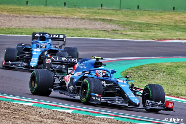 Esteban Ocon - Fernando Alonso - Alpine - Carrera - GP Emilia Romaña 2021