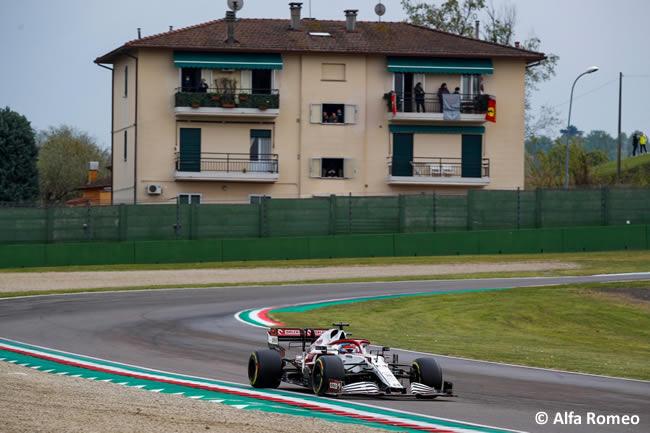 Kimi Raikkonen - Alfa Romeo - Carrera - GP Emilia Romaña 2021